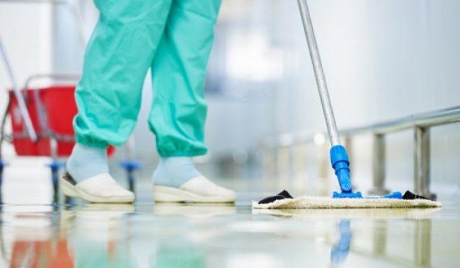 Στο δρόμο μετά από 15 χρόνια  οι καθαρίστριες του νοσοκομείου