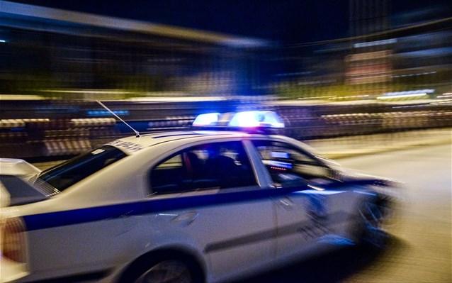 Λάρισα: Συλλήψεις για μαχαίρια και σουγιάδες
