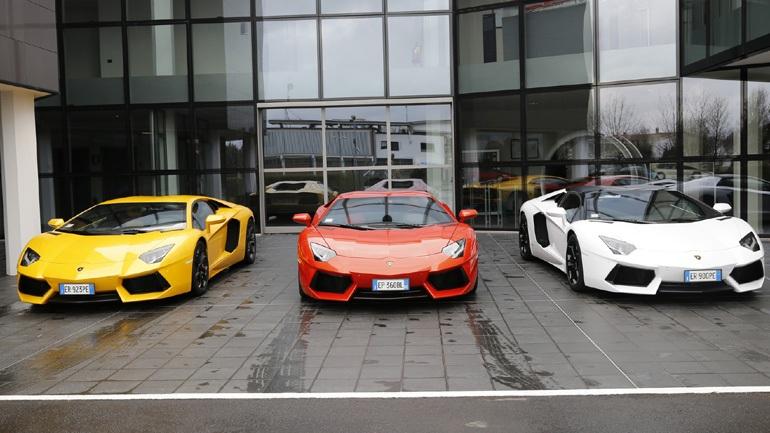 Ανακαλούνται από το εργοστάσιο όλες οι Lamborghini Aventador
