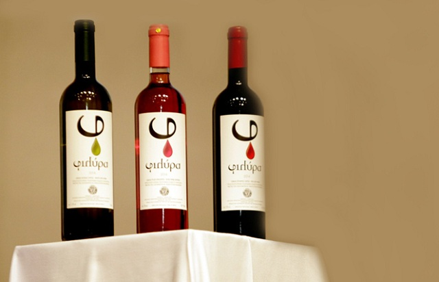 Κέρδισαν την αγορά της Ρωσίας τα κρασιά της «ΔΗΜΗΤΡΑ»