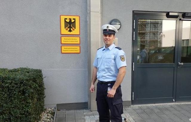 Έλληνας, χωρίς γερμανική υπηκοότητα, αρχιφύλακας στην Bundespolizei