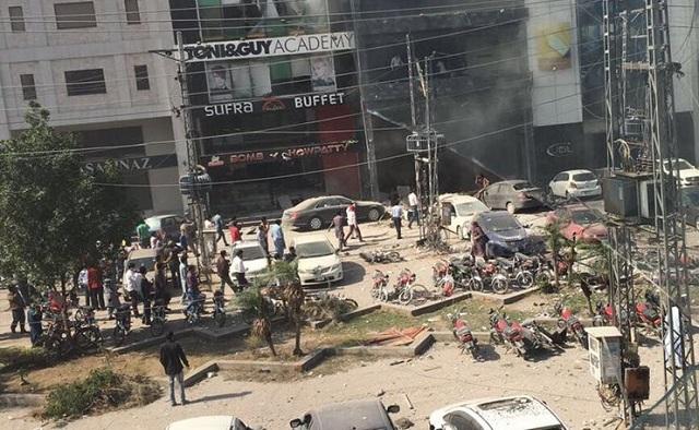 Εκρηξη βόμβας σε αγορά του Πακιστάν