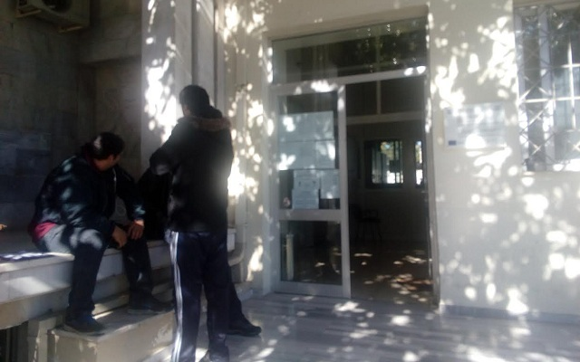 Nεόπτωχοι της Μαγνησίας στην ...ουρά για τις αιτήσεις