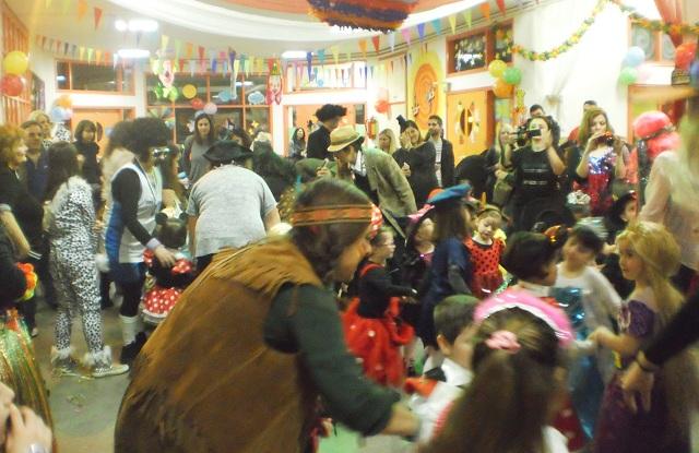 Αποκριάτικο πάρτυ στον Βρεφονηπιακό Σταθμό Νεάπολης