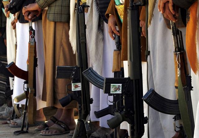 Υεμένη: Δεκάδες νεκροί από την επίθεση βομβιστή και από συνεχιζόμενες μάχες