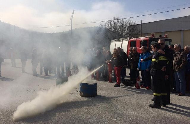 Αγνοια χρήσης πυροσβεστήρα από τους εκπαιδευτικούς