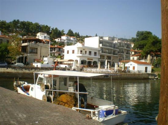 Στόχος, η δημιουργία πλωτής μαρίνας στην Αμαλιάπολη