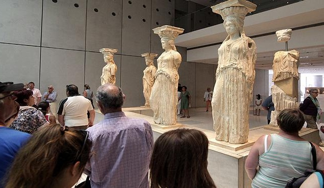 Telegraph: Στα 41 καλύτερα του κόσμου τα μουσεία Ακρόπολης και Μπενάκη