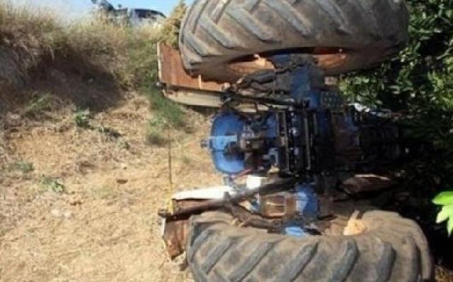 Αγρότης καταπλακώθηκε από τρακτέρ στον Αλμυρό