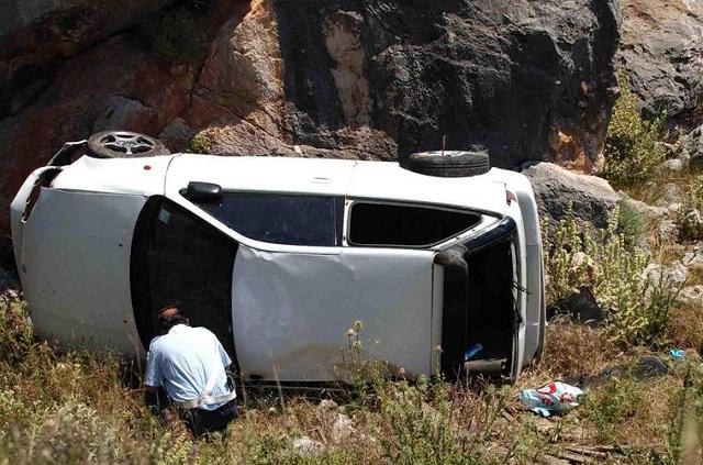 Ηλικιωμένος σκοτώθηκε πέφτοντας με το αυτοκίνητο του σε γκρεμό