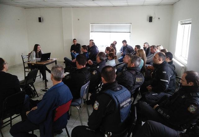 Επιμόρφωση αστυνομικών για μεταγωγές ατόμων με ψυχικές διαταραχές