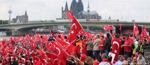 Γιατί οι Τούρκοι της Γερμανίας ψηφίζουν Ερντογάν;
