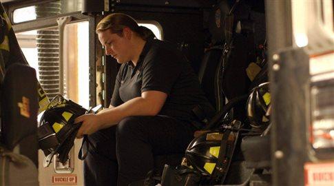 Μπρουκ Γκάιναν, η πρώτη διεμφυλική πυροσβέστης της Νέας Υόρκης