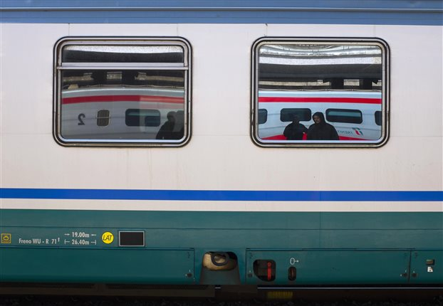 Ιταλία: έφηβος σκοτώθηκε βγάζοντας selfie με τρένο εν κινήσει