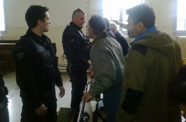 Διαμαρτυρίες και ένταση σε πλειστηριασμό ακινήτου στο Βόλο