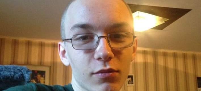 Συνελήφθη νεαρός για τον φόνο 9χρονου γείτονά του. Σκότωσε το παιδί με 58 μαχαιριές