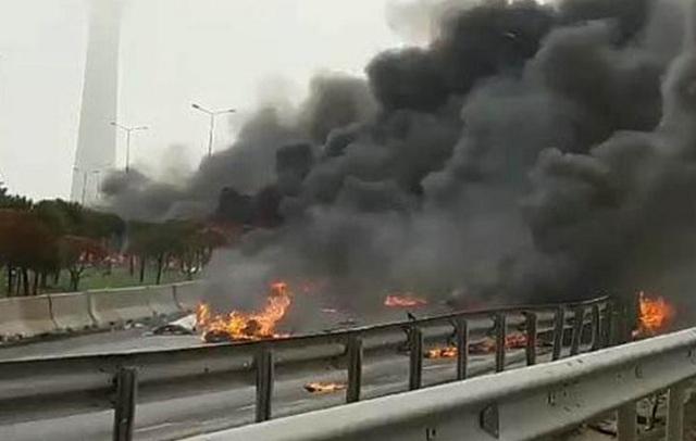 Συνετρίβη ελικόπτερο στην Κωνσταντινούπολη. 5 νεκροί [photos-video]