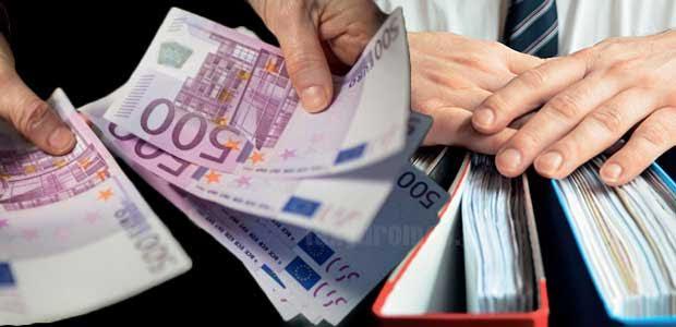 Φέσι 469.304 ευρώ στις επιχειρήσεις για επιστροφή ΦΠΑ