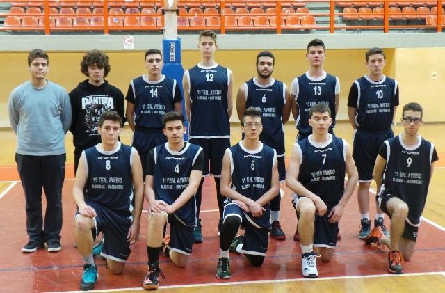 Επεισοδιακός ημιτελικός στη Λάρισα για σχολικό πρωτάθλημα μπάσκετ