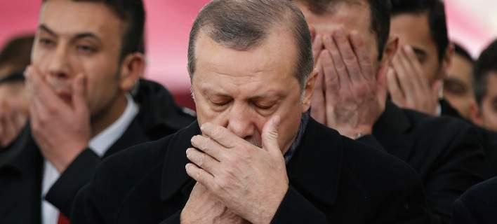 Τουρκία: 65 αστυνομικοί του Ερντογάν στο νοσοκομείο. Φόβοι για δηλητηρίαση