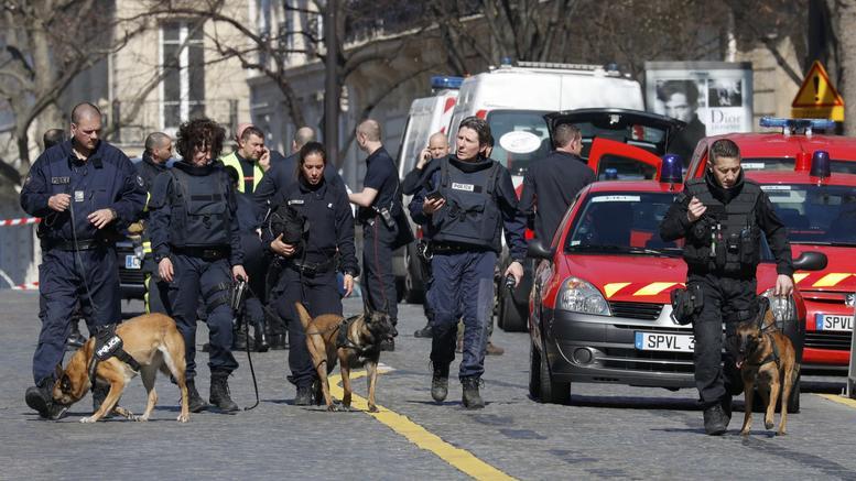 Συναγερμός για νέα τρομοπακέτα μετά το χτύπημα σε Σόιμπλε-ΔΝΤ