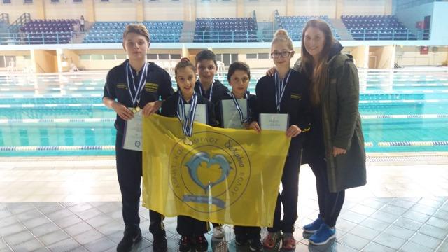 Ρεκόρ και μετάλλια από τα «Δελφίνια»