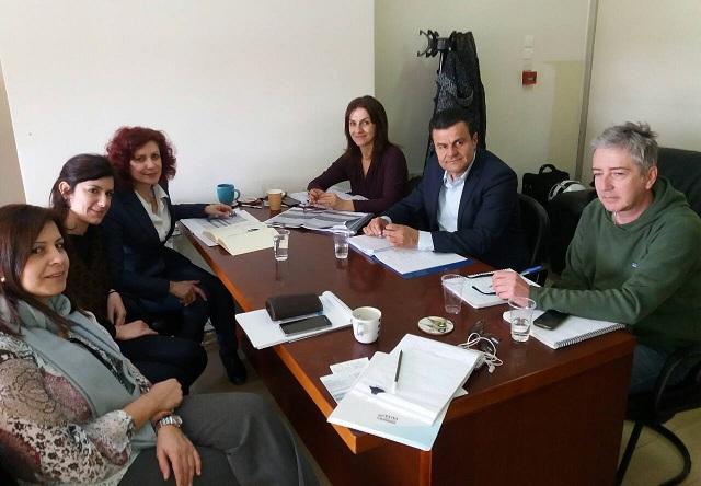 Σύσκεψη στο Υπουργείο για τους οικισμούς Ρομά της Θεσσαλίας