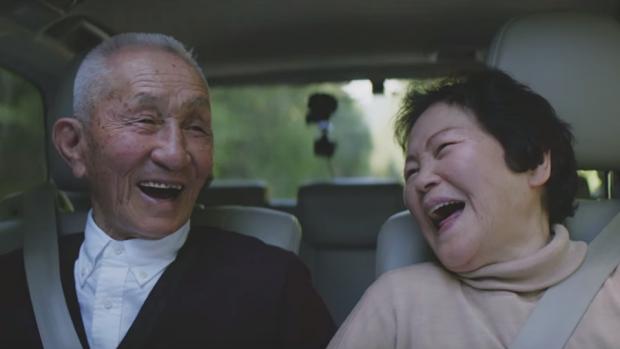 Προσφέρουν έκπτωση στην κηδεία σε όσους ηλικιωμένους παραδώσουν το δίπλωμα οδήγησης