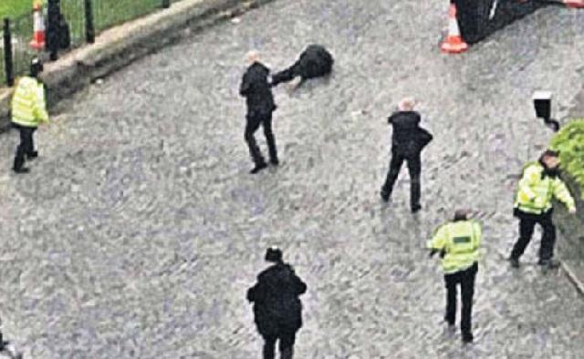 Επίθεση στο Λονδίνο: Γέννημα - θρέμμα της Αγγλίας ο «μοναχικός λύκος»