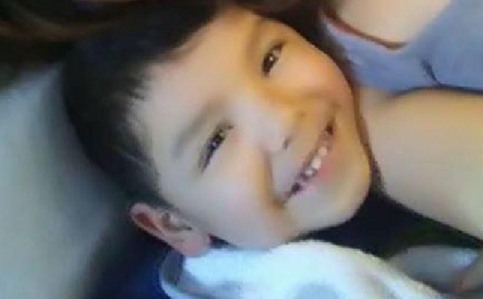4χρονο αγοράκι κρεμάστηκε κατά λάθος σε δοκιμαστήριο