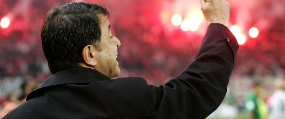 Προπονητής του Ολυμπιακού ο Τάκης Λεμονής