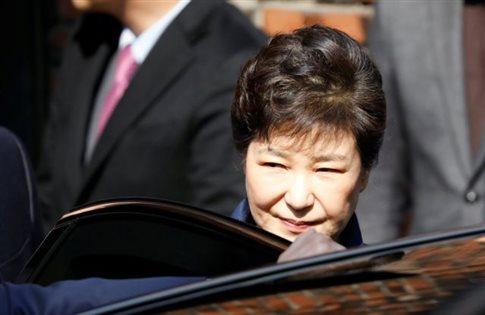 Νότιος Κορέα: Συνελήφθη η καθαιρεθείσα πρόεδρος Παρκ
