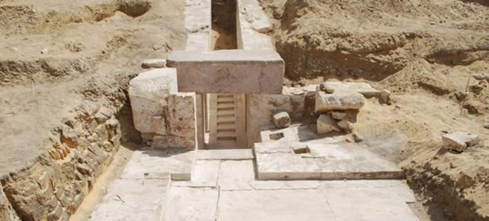 Ανακαλύφθηκε νέα πυραμίδα 3.700 ετών στο Κάιρο [εικόνες]