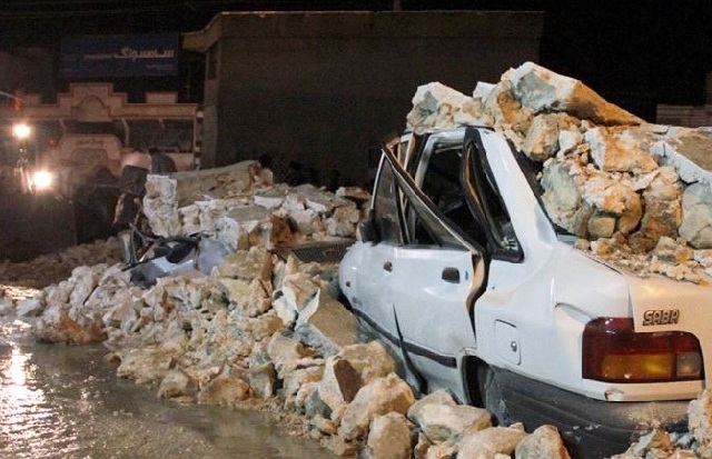 Φόβοι για θύματα από τον σεισμό στο Ιράν