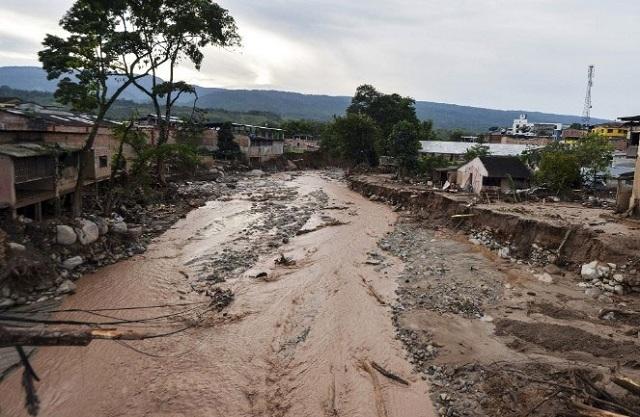 Κολομβία: Ξεπέρασαν τους 300 οι νεκροί από την κατολίσθηση λάσπης
