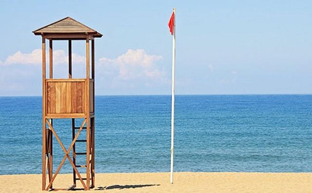 Πρόσληψη ναυαγοσώστη για παραλία του Αλμυρού