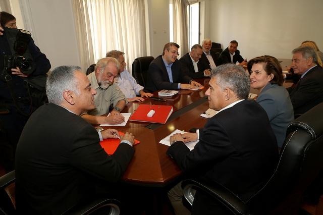 Ένωση Περιφερειών σε Υπ. Εσωτερικών: Να γίνει πράξη η Ελλάδα των Περιφερειών
