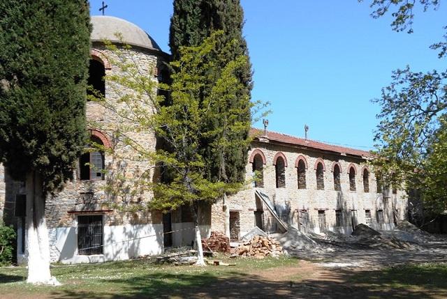 Προχωρούν τα έργα αναστήλωσης της παλαιάς Ιεράς Μονής Ξενιάς [photos]