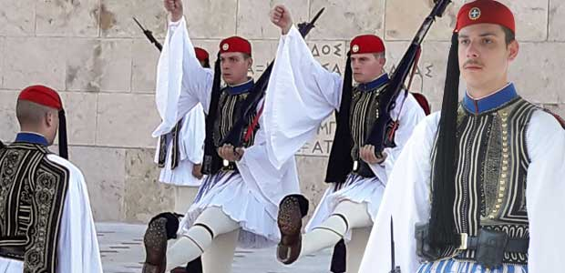 Βολιώτης εύζωνας έκανε περήφανους τους Ελληνες