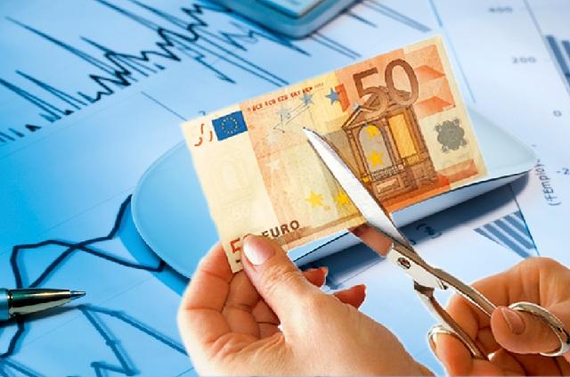 Εμμεσο «κούρεμα» έως 50% και στα στεγαστικά δάνεια