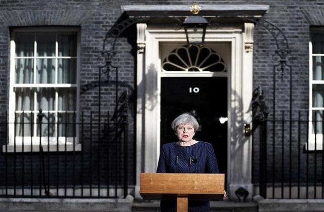 Η πρώτη δημοσκόπηση για τις βρετανικές εκλογές. Προηγούνται με μεγάλη διαφορά οι Συντηρητικοί