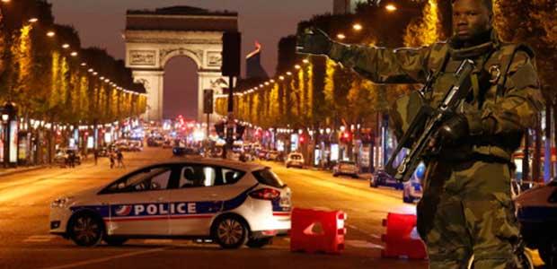 Ένοπλη επίθεση στο Παρίσι - Νεκρός ένας αστυνομικός & ένας δράστης