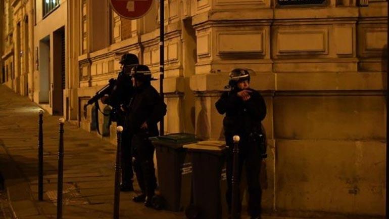 Γαλλία: Ένταλμα σύλληψης για δεύτερο ύποπτο στην επίθεση στο κέντρο του Παρισιού
