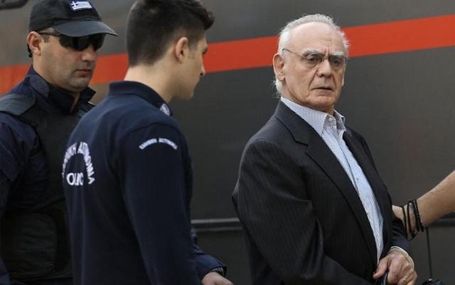 Πήρε εξιτήριο ο Άκης και επέστρεψε στη φυλακή