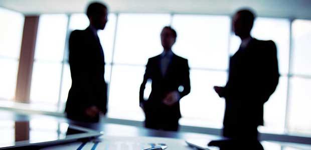 Προκηρύχθηκαν οι πρώτες 20 θέσεις για διευθυντές στα υπουργεία