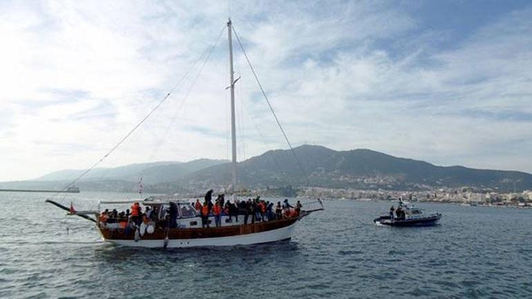 Eντοπίστηκε ιστιοφόρο με 93 μετανάστες, ανάμεσά τους και 30 παιδιά