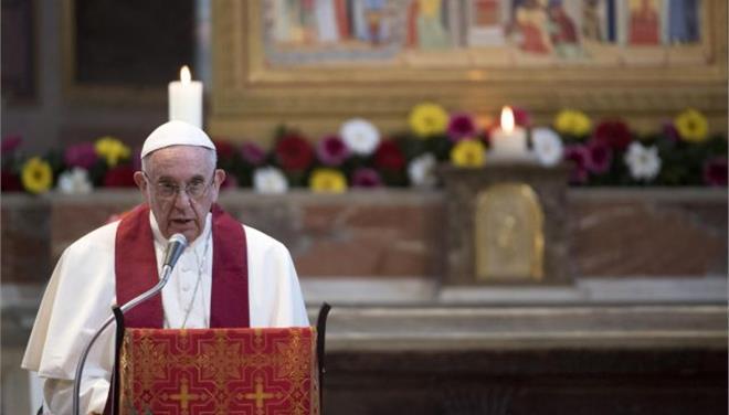 Επαίνεσε την Ελλάδα και την Ιταλία ο Πάπας