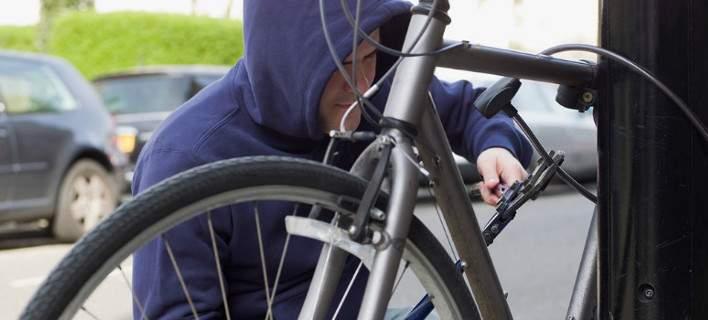 Εκλεβε ποδήλατα Mercedes 5.000 ευρώ και τα πουλούσε 200 στο Μοναστηράκι