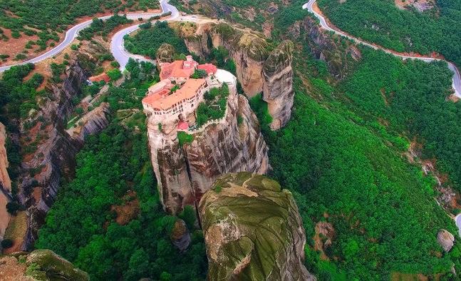 Προεδρικό Διάταγμα για απαγορεύσεις δραστηριοτήτων στους Βράχους των Μετεώρων