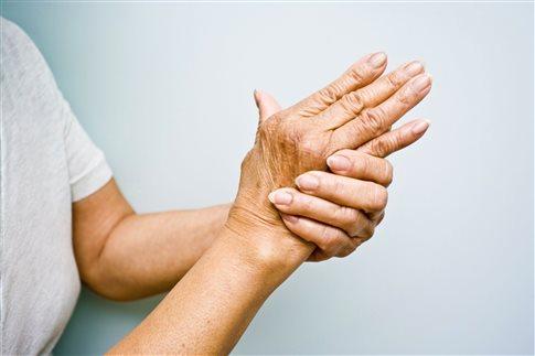 Η πρώιμη θεραπεία της ρευματοειδούς αρθρίτιδας περιορίζει τις βλάβες
